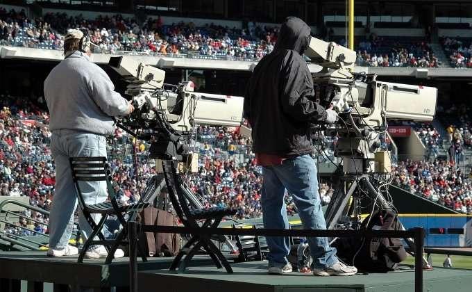 two-tv-cameramen